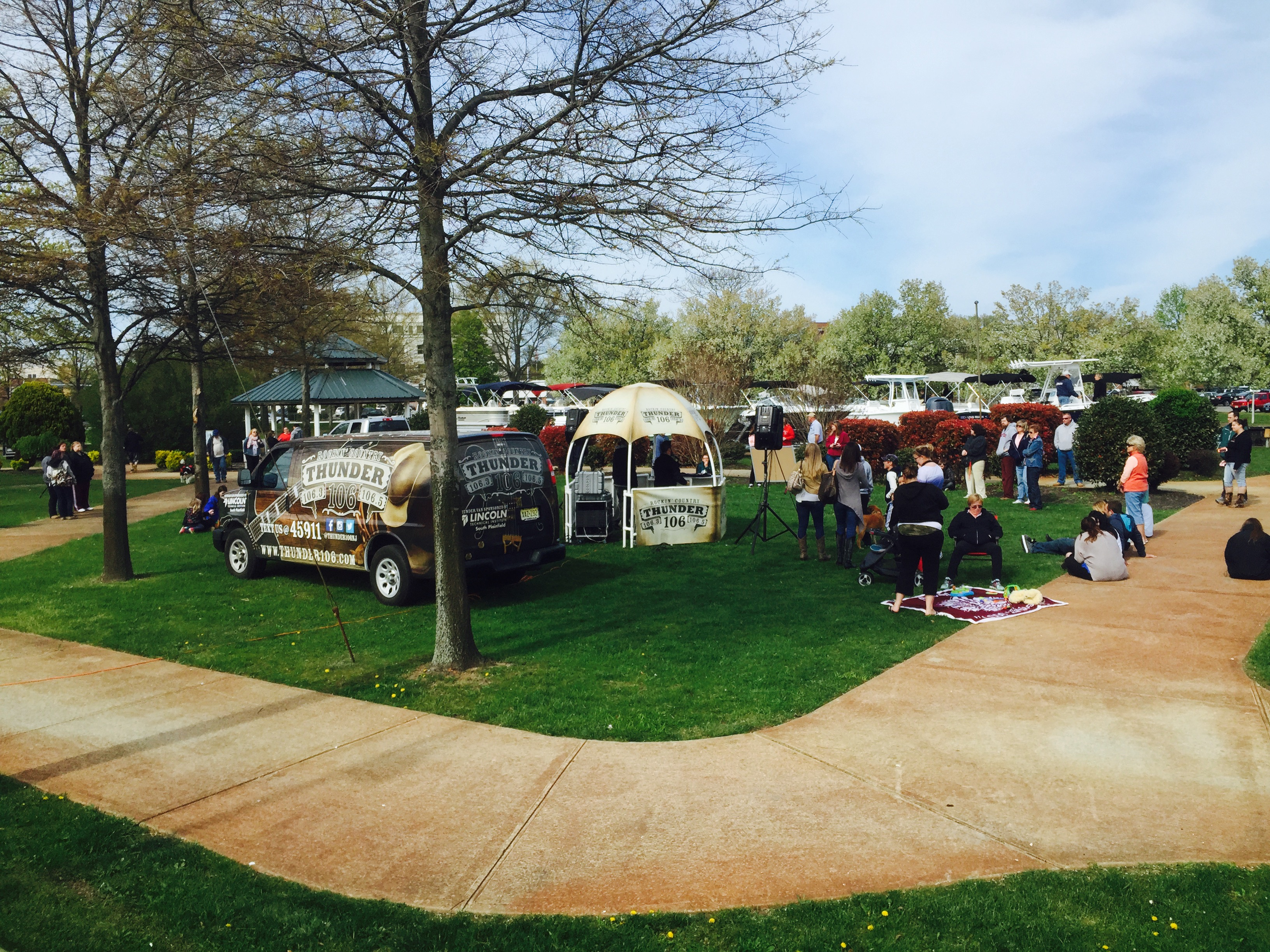 Thunder 106 giving out concert tickets at the spring 2015 huddy park boat show